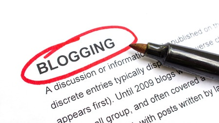23123166 – Blogging Explanation With Heading Circled In Red.